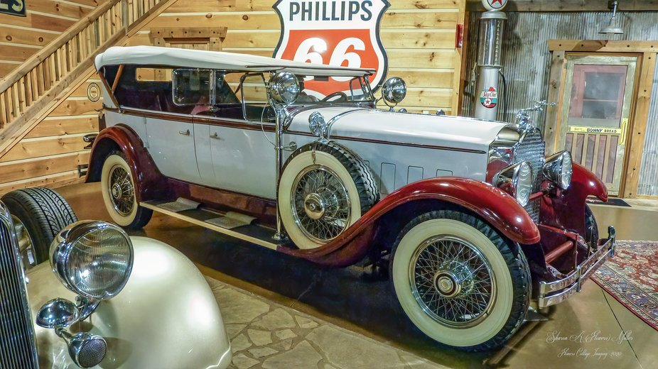 From a collection of vintage automobile located in Rockmart, GA, USA.