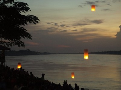Lanterns at Mekong Fireball time