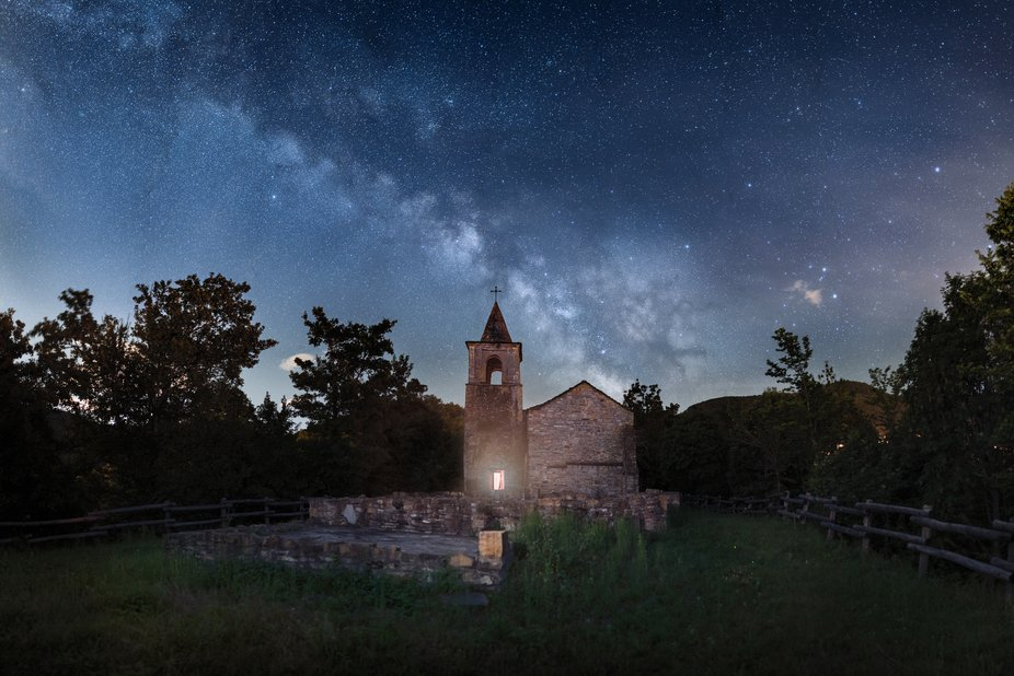 milky way at the old church. Merge of 14 shoots at 35mm f1.4. una light inside the church, one le...