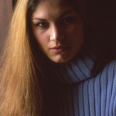 5062 Window Light Portrait