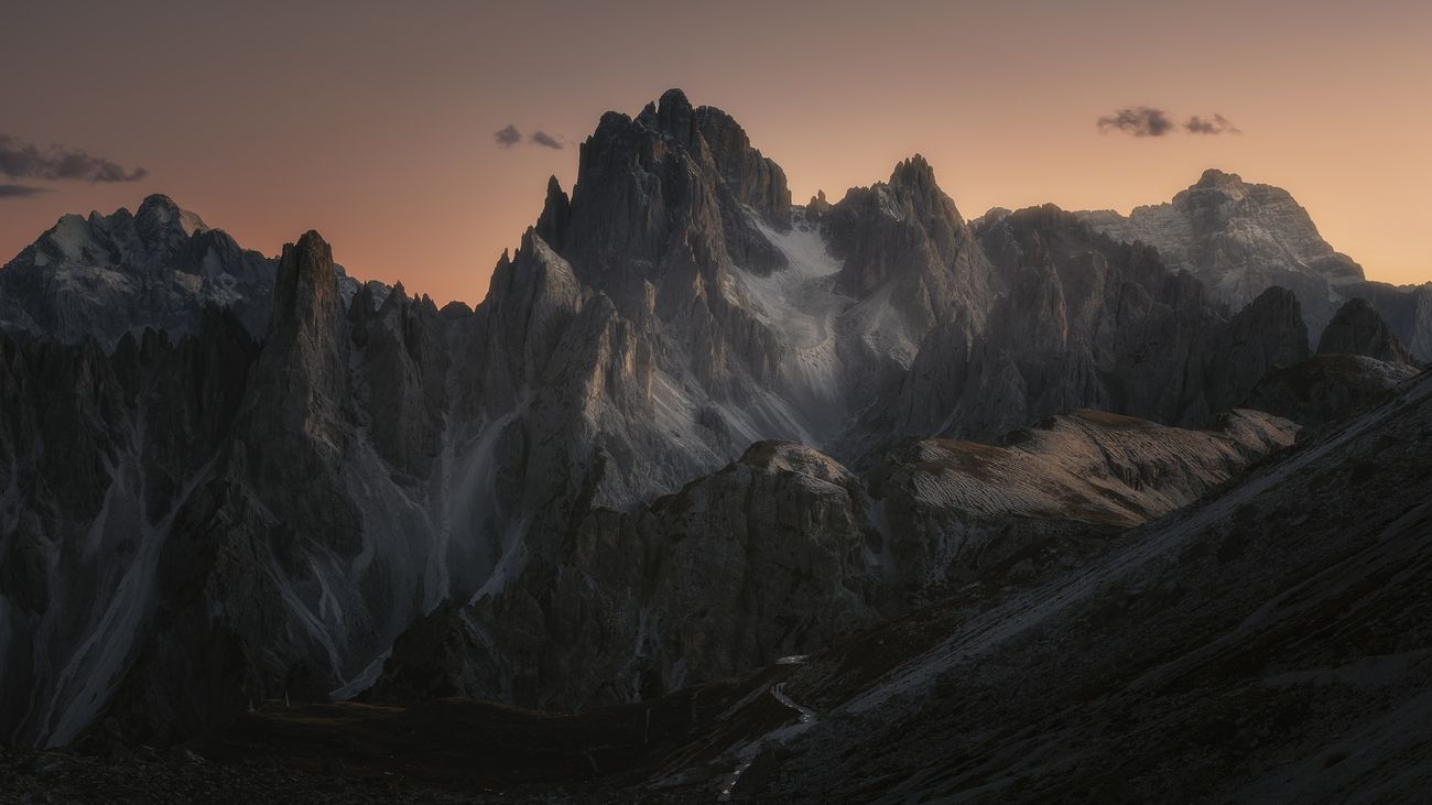 """After photographing the famous """"Three Peaks of Lavaredo"""", on returning to the refuge you can admire these beautiful mountains, the """"Cadini di Misurina"""". An exceptional show."""