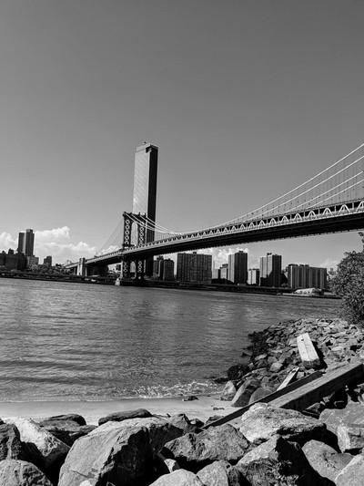 The great apple, Brooklyn Bridge, NY.