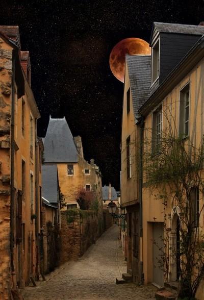 Rue du Moyen-Age
