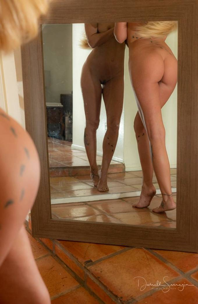 using reflection in a mirror with Sara Gramm