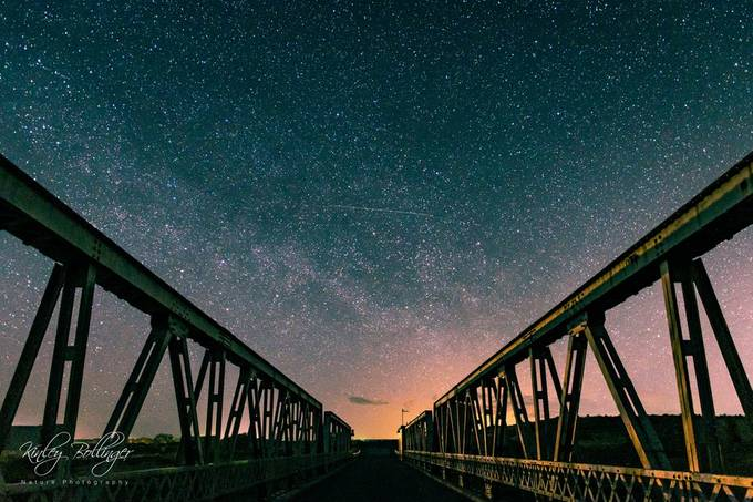 When I went out to take photos this night, I wasn't expecting to be shooting man-made structures.  However, this bridge really seemed like the perfect subject for this night shot.