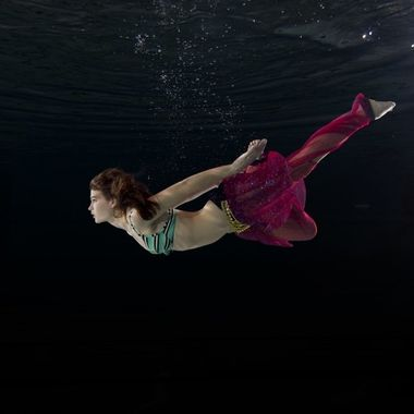 Underwater shoot with Emma Jeannet. 
