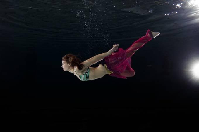 Underwater shoot with Emma Jeannet.   20150418 044c underwater Emma Jeannet