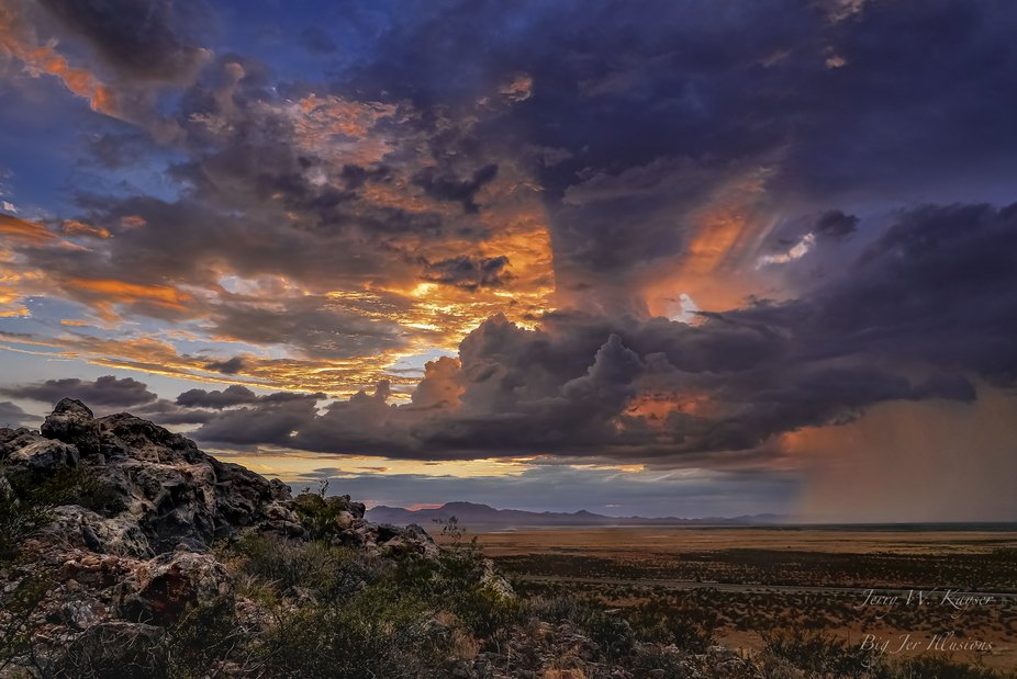 Dramatic end to a beautiful day in the desert of southern New Mexico.