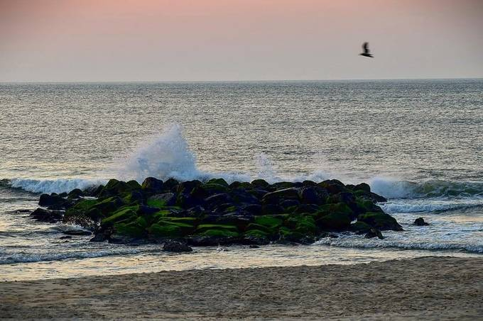 wave action at baybreak