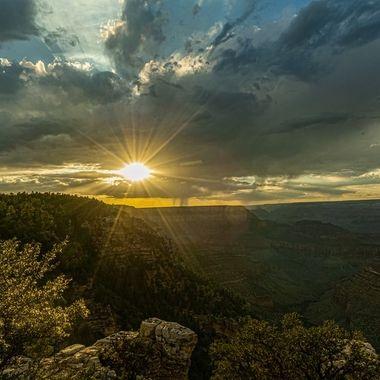 Sunset and virga over the Grand Canyon