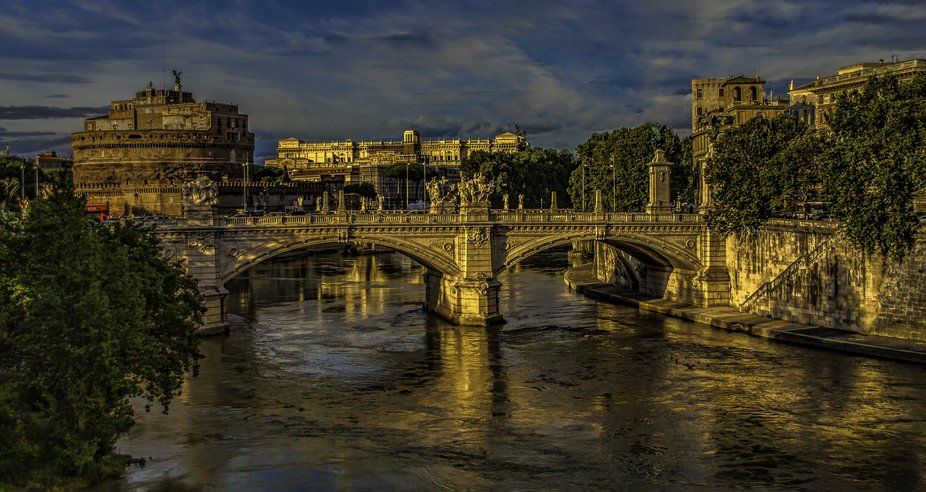 We stopped at the end of the day to enjoy the beauty of Rome at Sundown.