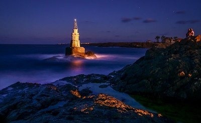 Looking at the Lighthouse
