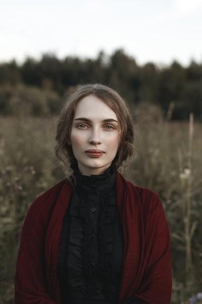 Photo by Liliya Nazarova