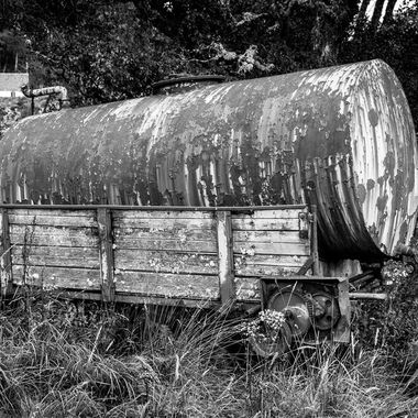 An abandoned water trailer along the seven bridges walk in Ballater, Scotland