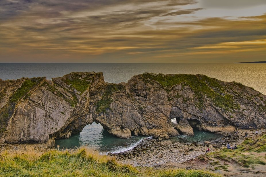 Next to Lulworth Cove, Star Hole is a natural rock formation shaped by the waves of the sea.