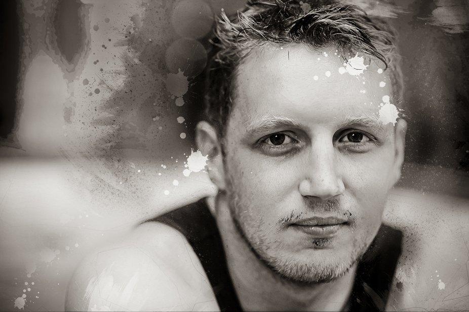 Nik in the hot tub - Black and White. #dv8ca