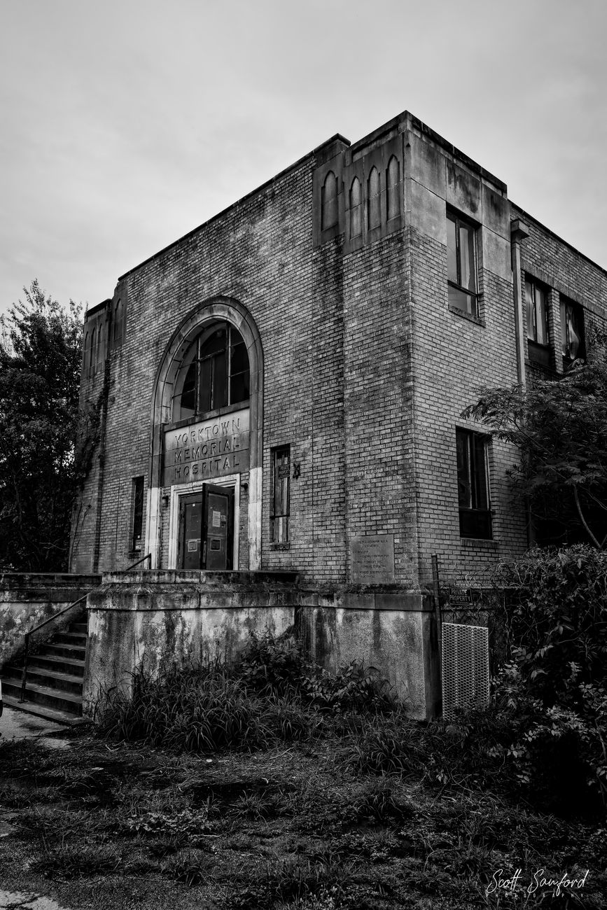 Beginning of a new project, shooting ghost towns and abandoned structures throughout Texas.