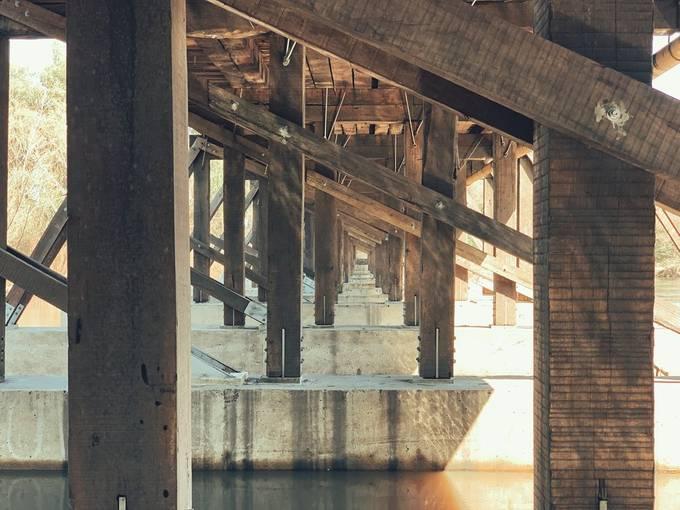Puente Viejo sobre el Río Yí