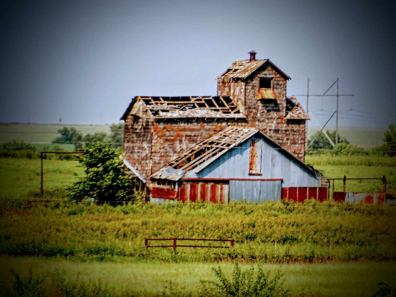 On my way home last week from the Flint Hills. I tend to wander my way on backroads. This was the most AMAZING turn I had ever taken! I could not believe my eyes when I saw this barn across a field and down a road closed off. I have more, but they are in my secret vault of favorites ever to be revealed. This barn was BEAUTIFULLY PERFECT! Eclectic Eye Photography