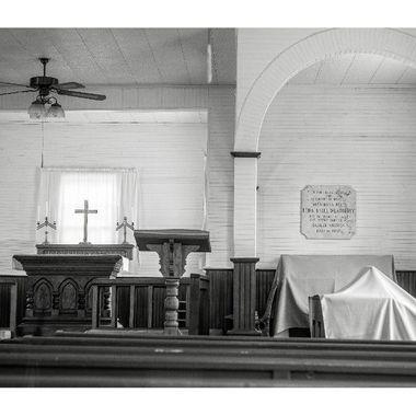 Inside a country church. #bnw #bnwphotography #bnw_greatshots #bnw_zone #blackandwhitephotography #bnw_planet #bnw_magazine #bnw_society #bw_photooftheday #bnw_photography #flyingthroughthecountry #countrychurch