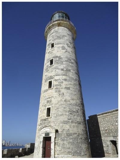 Faro del Castillo del Morro.