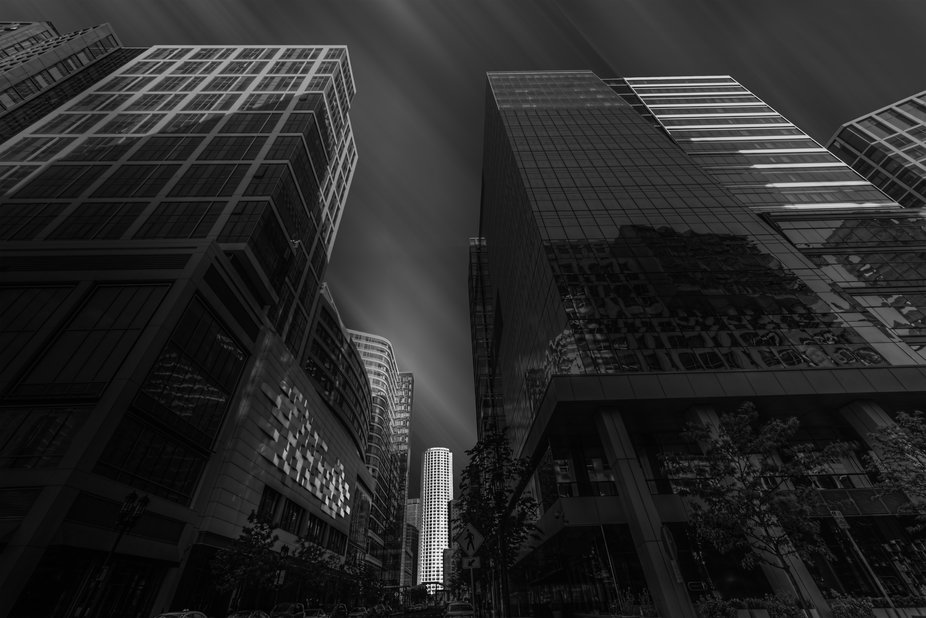 Building between two buildings