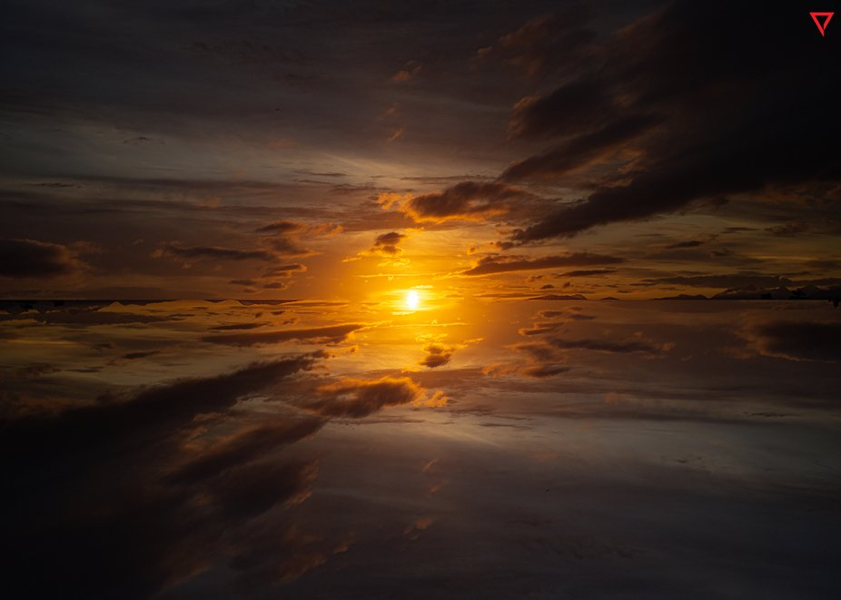 """Inverted Vancouver sunset  <a href=""""http://www.beyondtheprism.com"""" rel=""""norefer..."""