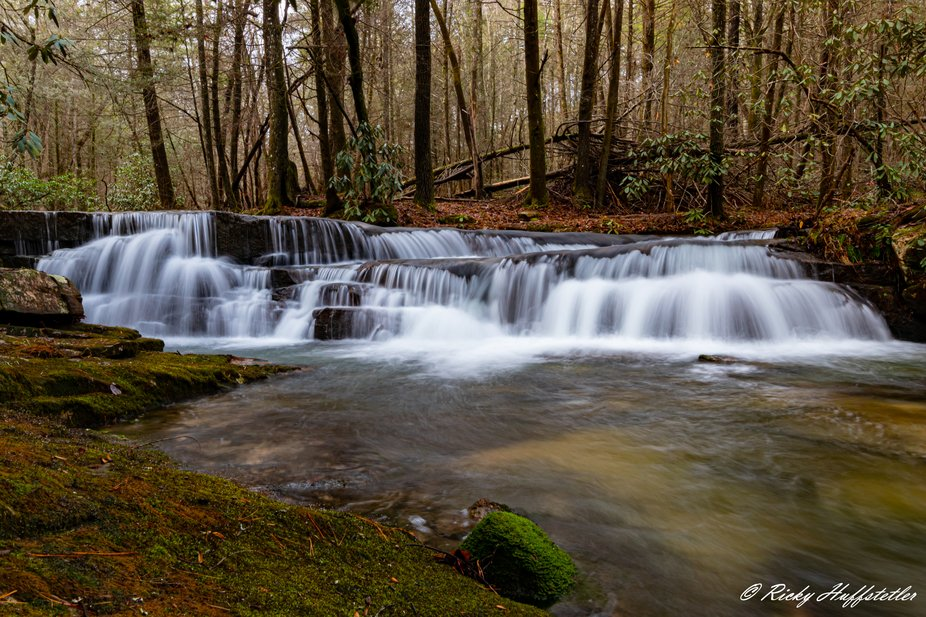 A picture of a Cascade waterfalls on bullet Creek.