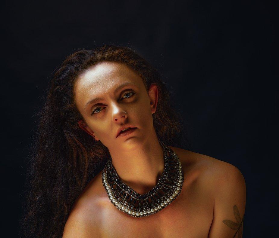 Model:Rachyy Downes