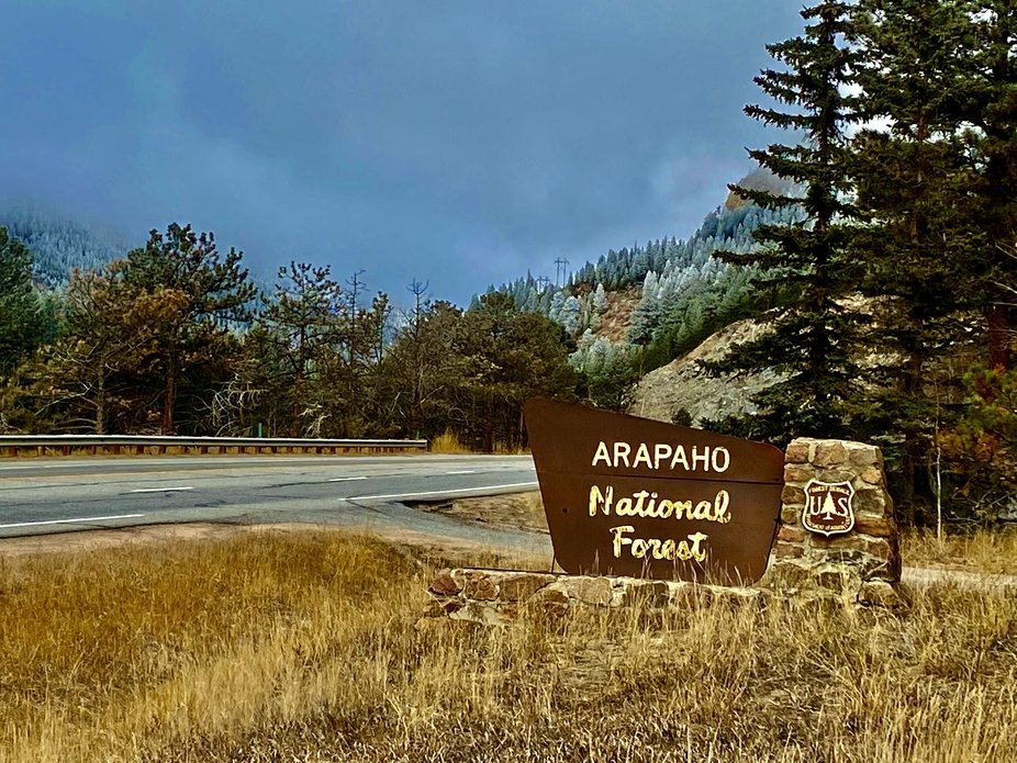 Arapaho National Forest Entrance Hwy 40