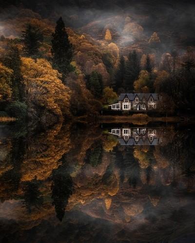 Milton Basin, Loch Ard het Trossachs National Park, Schotland. door Theo-Herbots-Fotograaf