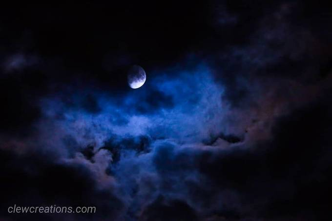 Wow... was lucky enough to capture this beautiful shot of the moon in the clouds.  .  #photography #photographer #canonphotography #canon #canonusa #canoneos #canoneosrp #canonimaging #nightphotography #nighttime #nightcapture #moon #clouds #glow #serene