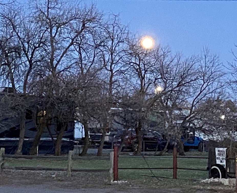 Super Moon from Cheyenne Wyoming 2020