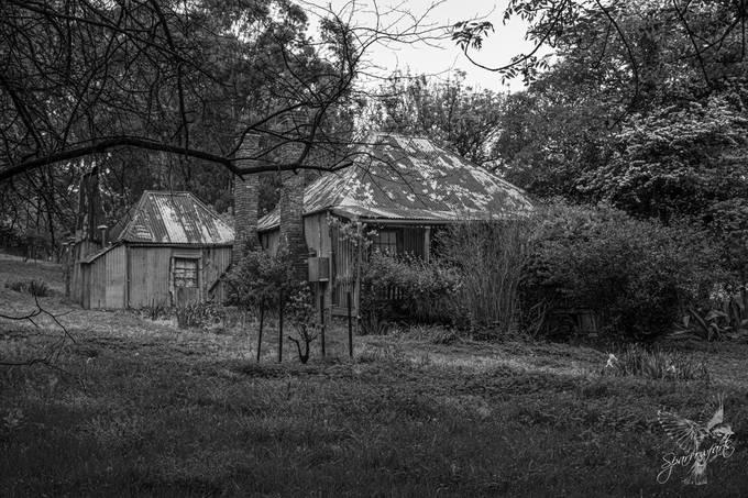 Warry's Cottage B&W