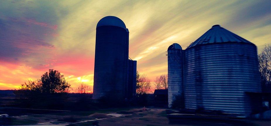 Beautiful sunset on ohio farm