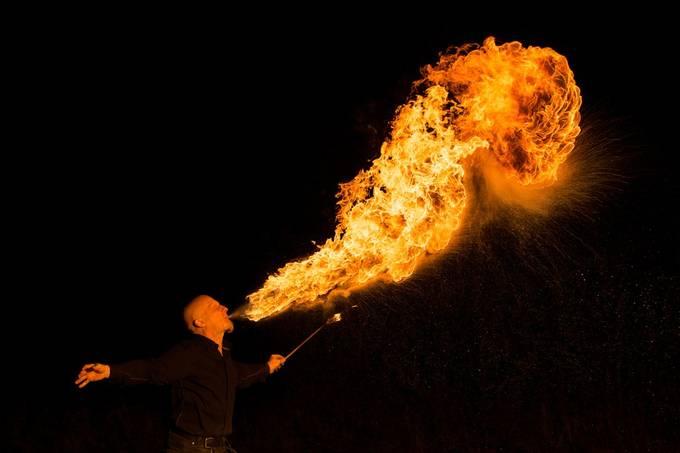 Fire shoot with Johannes.  20200905 032b Johannes