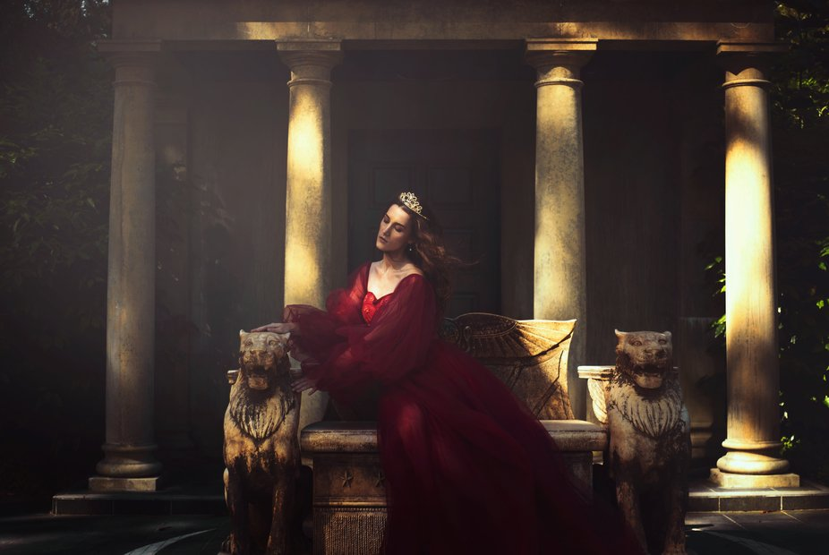 Queen of the lions // A fantasy styled shoot we did today as a test shoot for an upcomimg shoot i...