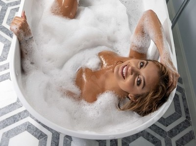 Gianna in bubbles