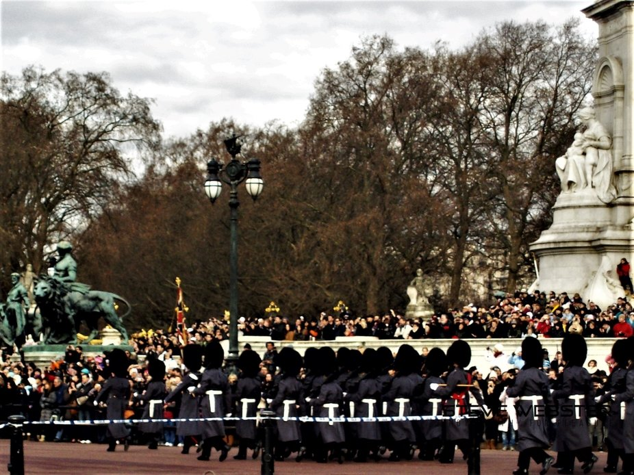 The Guards March Past 2011.JPG