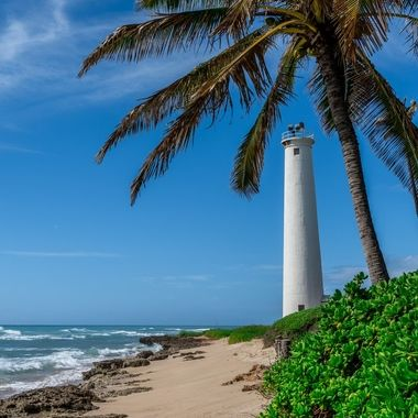 Barbers Point Light is a lighthouse on the island of Oahu in Hawaii. The lighthouse stands on Barbers Point outside of Kalaeloa on the southwest tip of the island. It is named after Captain Henry Barber. The lighthouse was established in 1888. A second tower was built in 1933.