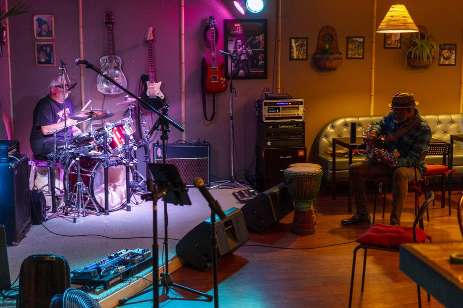 Musicians - Out of Many Band, playing at Cool Runnings Bistro - BC Canada