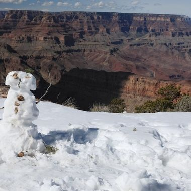 While visiting the Grand Canyon in February of 2019, I came upon something you don't see everyday in this location - a snowman.