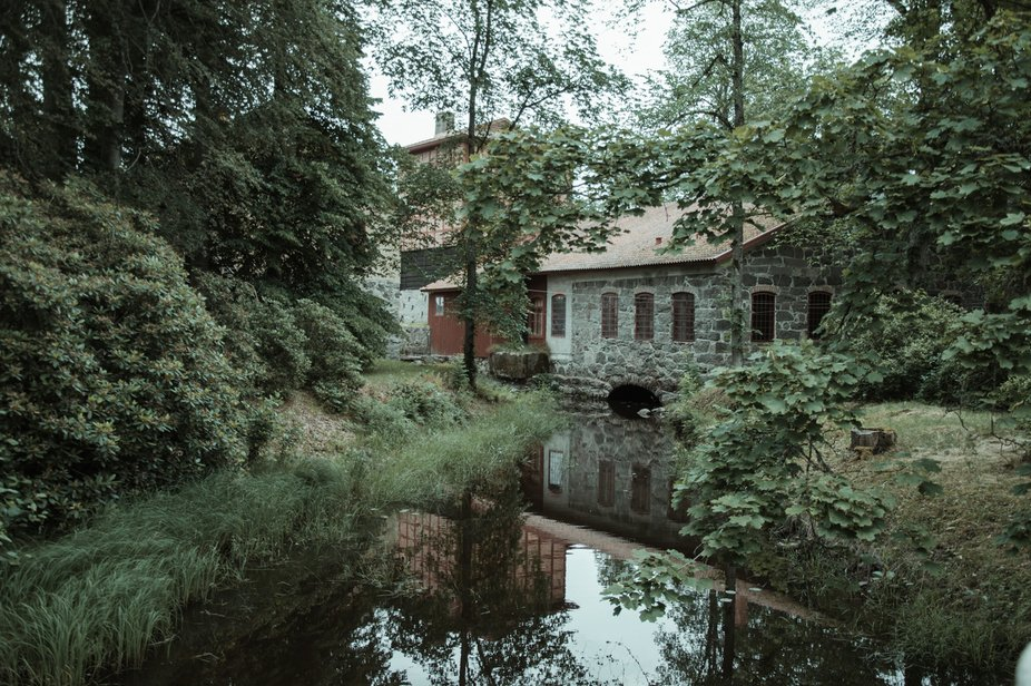 waterintake to and old mill(1850).