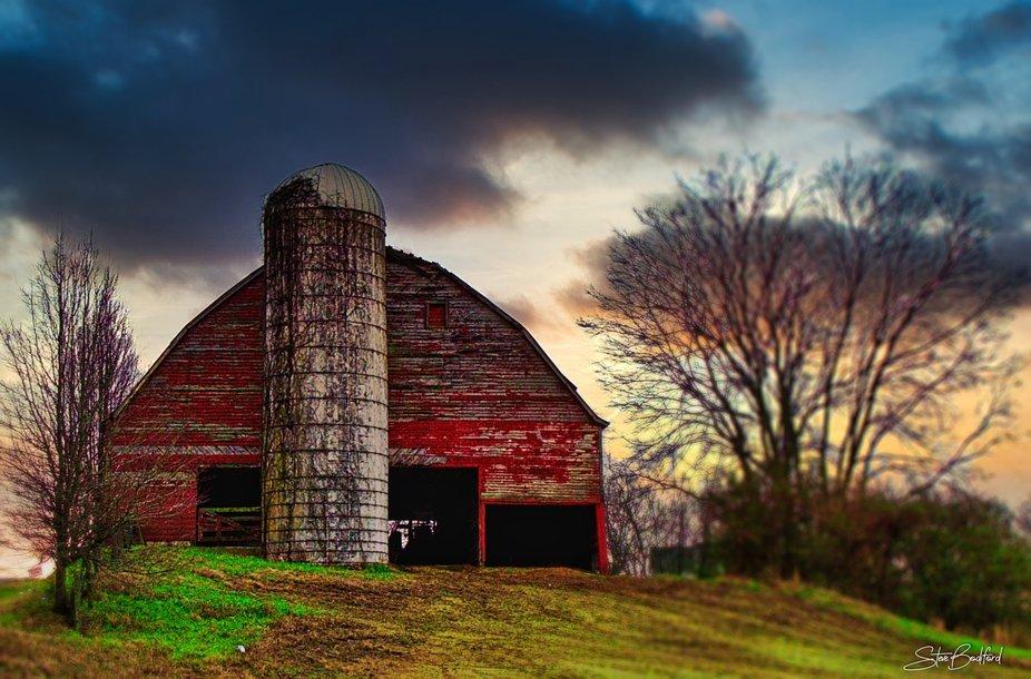 Sunset on Winter's silo...
