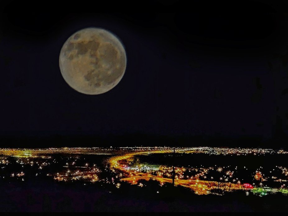 Moon Over Great Falls!