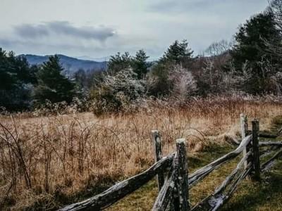 Beautiful frozen mountain views
