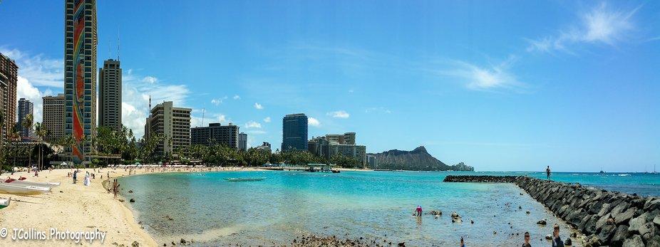 Kahanamoku Beach      rocky jetty Waikiki near Hilton lagoon