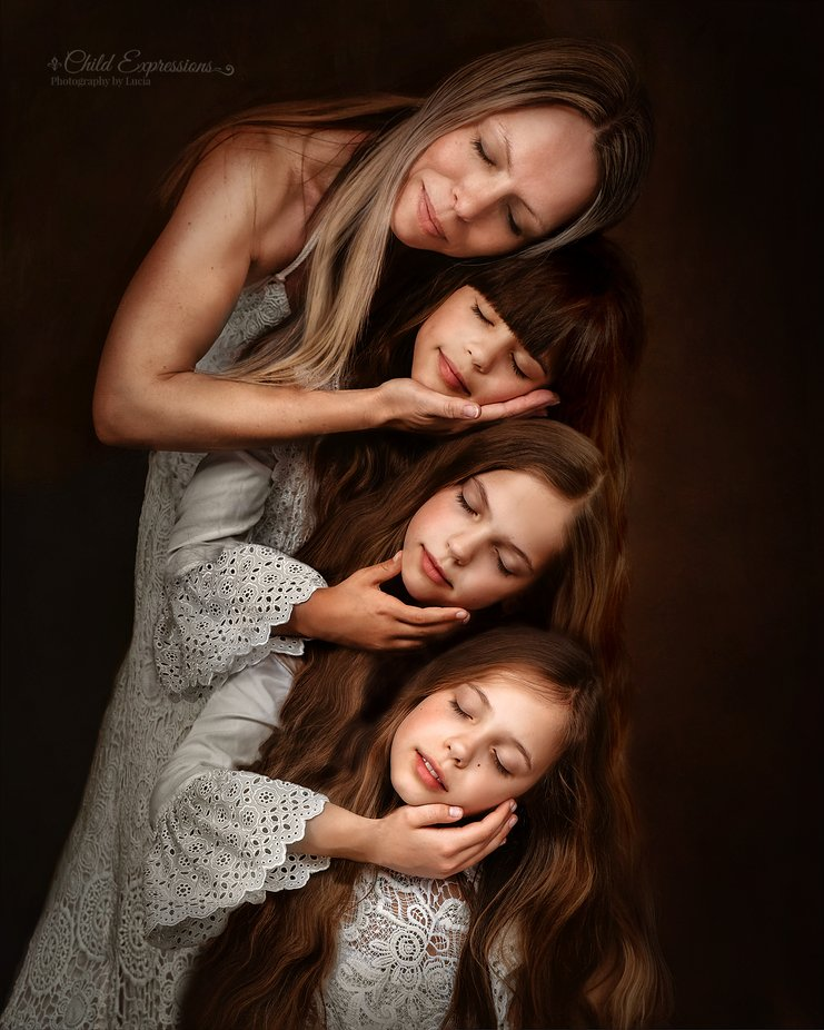 Self portrait with my daughters by Child_Expressions - Creative Indoor Portraits Photo Contest