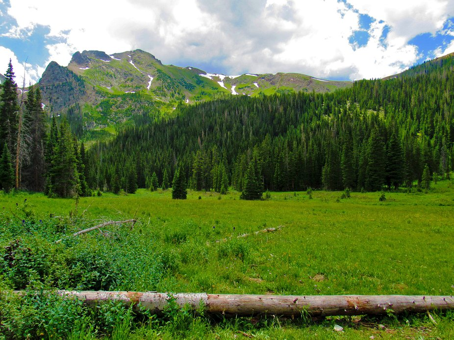 Lake Agnes Trailhead Landscape