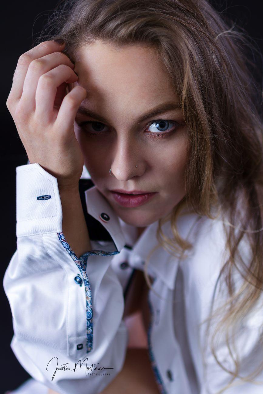 Lavina's white shirt